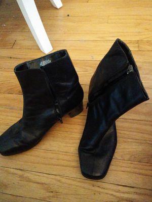 Nine west boots size 10 for Sale in Woodbridge Township, NJ