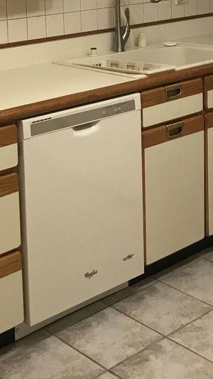 Whirlpool dishwasher for Sale in Alexandria, VA