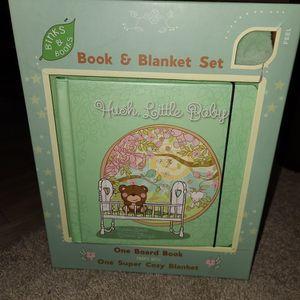 Binks & Books Baby Blanket & Nursery Rhyme Book Set for Sale in Rancho Cucamonga, CA