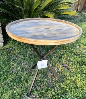 "⭐️New 24""round Wood tray end table. PICK UP BY ASHLAN AND TEMPERANCE IN CLOVIS for Sale in Clovis, CA"