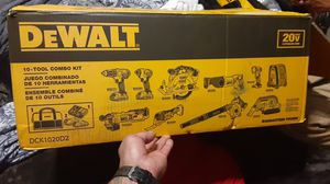 Dewalt 10 took combo kit 20vmax lithium ion for Sale in Oakland, CA
