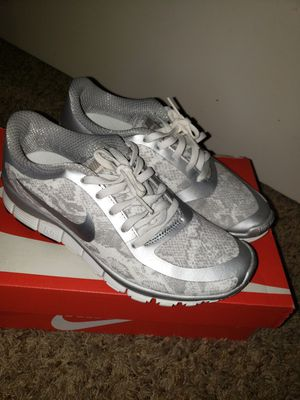 Nike shoes size 7 for Sale in Stockton, CA