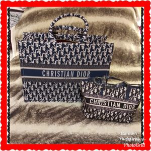 Christian D. Bag/Tote and cross body bag purse for Sale in Westminster, CA