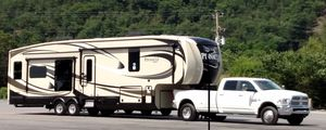 RV 5th Wheel Jayco Pinnacle and 2017 3500 Ram Truck for Sale in Surgoinsville, TN