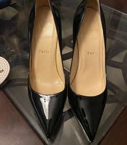 Christian Louboutin Pigalle Plato Heels! for Sale in Allen Park,  MI