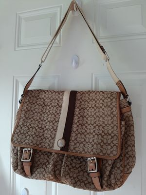 Coach Signature Messenger bag for Sale in Stanwood, WA
