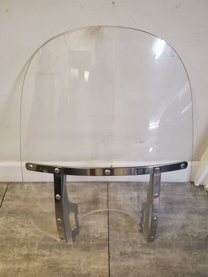 Clear used motorcycle windshield for Harley Honda Suzuki Yamaha Cruiser $ 95 for Sale in Miami Beach, FL