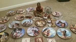 17 Native American plates, statues, collectibles for Sale in Delaware, OH