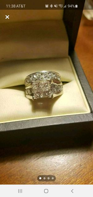 5 karat tw wedding set for Sale in Bunker Hill, WV