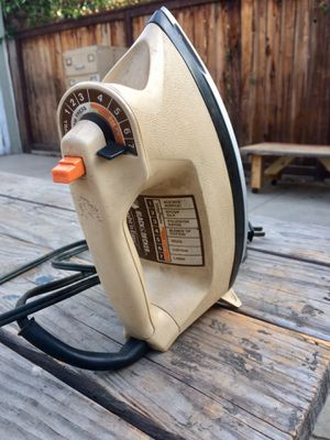 Hot steam iron. $2.00 for Sale in Los Angeles, CA