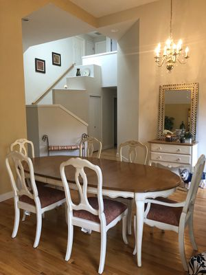 Ethan Allen Dining set and console for Sale in Issaquah, WA