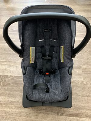 Evenflo car seat pick up 77493 katy exp 02/13/2023 No smoking for Sale in Katy, TX