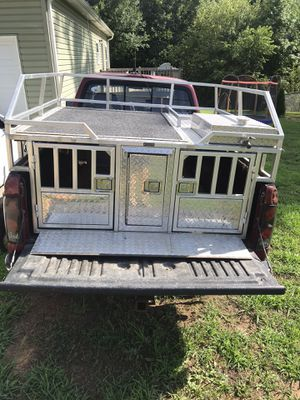 Dogbox for Sale in Liberty, SC