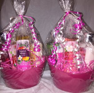 Christmas - Body Care Gift Sets for Sale in Falls Church, VA