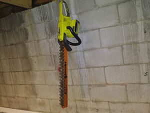 Ryobi electric hedge trimmer for Sale in Columbus, OH