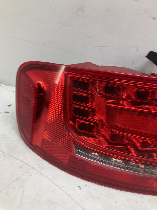 For 2009-2012 Audi A4 s4 left driver taillight lamp outer