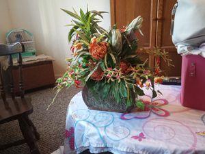 Flower center piece for Sale in Orlando, FL
