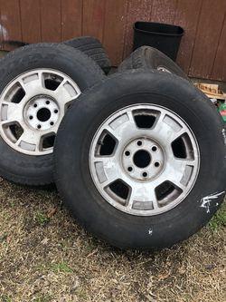 """Rines Para Chevy 17"""" Las Llantas No Sirven son los 4 rines for Sale in Cedar Hill,  TX"""