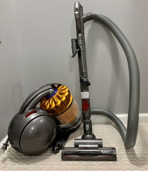 Dyson DC39 The Ball™ Multi Floor Canister Vacuum for Sale in Alexandria, VA