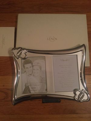 LENOX Wedding Promises Invitation Double Frame New in box for Sale in Wallingford, CT