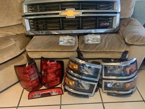 2014 Chevy Silverado grille and lights for Sale in Orange Park, FL