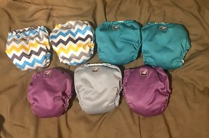 7 Lil joeys newborn AIO diapers for Sale in Youngstown, OH