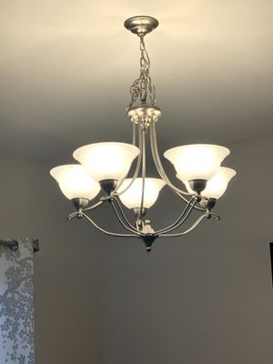 Chandelier great condition for Sale in Pittsburg, CA