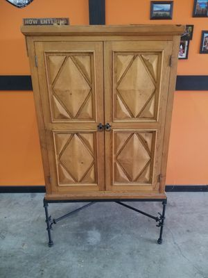 TV cabinet for Sale in Walnut Cove, NC