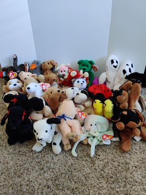36 Beanie Baby Collection including 1 Princess Diana and 3 Erin the Bear for Sale in Raleigh, NC
