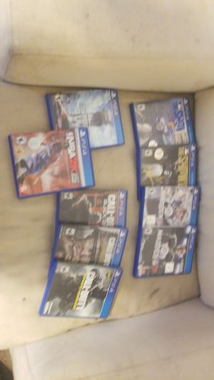 9 PS4 GAMES 3 COD, 2 MADDENS, 2 MLB THE SHOWS, and NBA 2K for Sale in Pittsburgh, PA