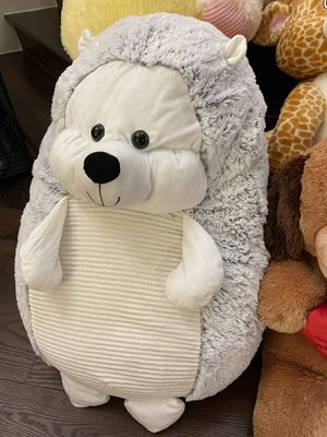Carnival teddy bear plush extra large and giant Costco bear for Sale in City of Industry, CA