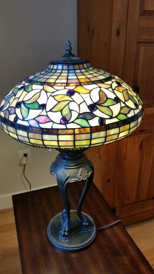 Tiffany style table lamp! for Sale in Washington, DC