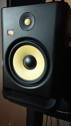 4th Generation KRK Rokit 8 (pair) W/ Stands and Focusrite 18i8 audio interface for Sale in Spokane, WA