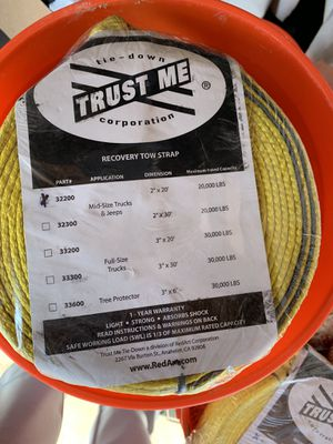 Beard trust me tow recovery straps heavy duty brand new for Sale in Huntington Beach, CA