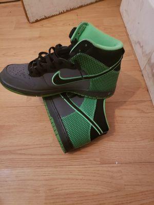 Nike Hyperdunks 9.5 men barely worn $100 for both for Sale in Miami, FL