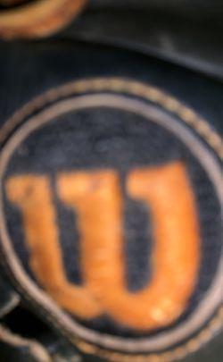 A2000 Wilson baseball glove for Sale in Benson,  NC