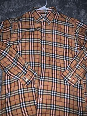 Burberry shirt for Sale in Tacoma, WA