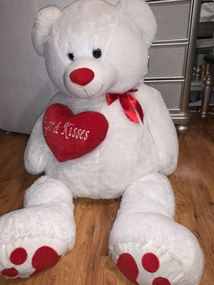 Giant teddy bear for Sale in Inglewood, CA