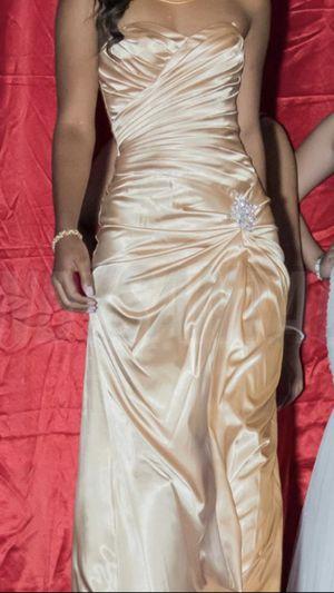 Women gold dress. Size XS.. for Sale in Adelphi, MD