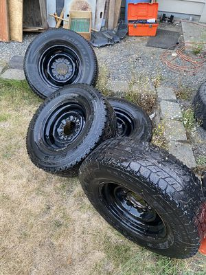 Ford steel wheels 8x6.5 for Sale in Bothell, WA