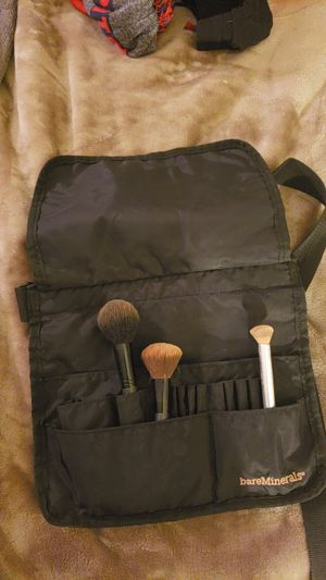 Bare Minerals makeup brush belt for Sale in Plymouth, MA