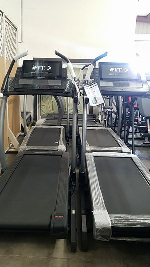 Nordictrack Commercial x22i incline trainer treadmill for Sale in Fontana, CA