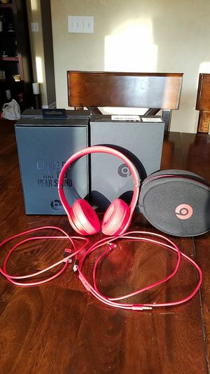 Beats solo 2 wireless red headset for Sale in Aurora, IL