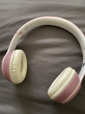 Pink Wireless Beats for Sale in Twinsburg, OH