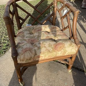 Antique Wood Chair for Sale in Friendswood, TX