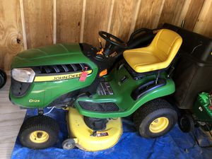 John Deere Lawn Mower with Bagger system for Sale in Nanuet, NY