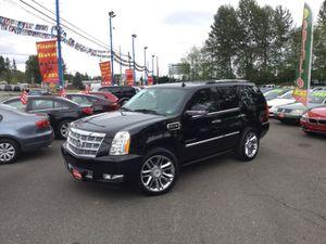 2012 Cadillac Escalade Hybrid for Sale in Lynnwood, WA