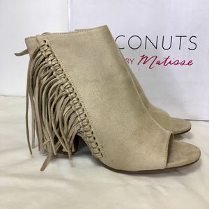 Coconuts By Matisse Suede Fringe Bootie Size 9.5 for Sale in El Paso, TX