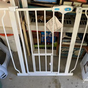 Carlson Pet/baby Gate for Sale in Temecula, CA