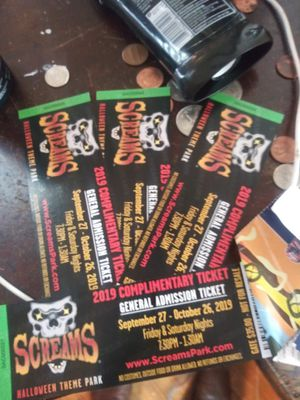 1 tickets to screams good any weekend for Sale in Bedford, TX